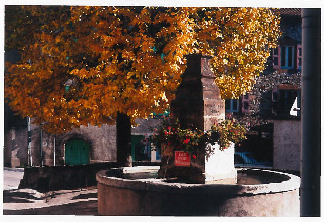 Fontaine à Aguessac